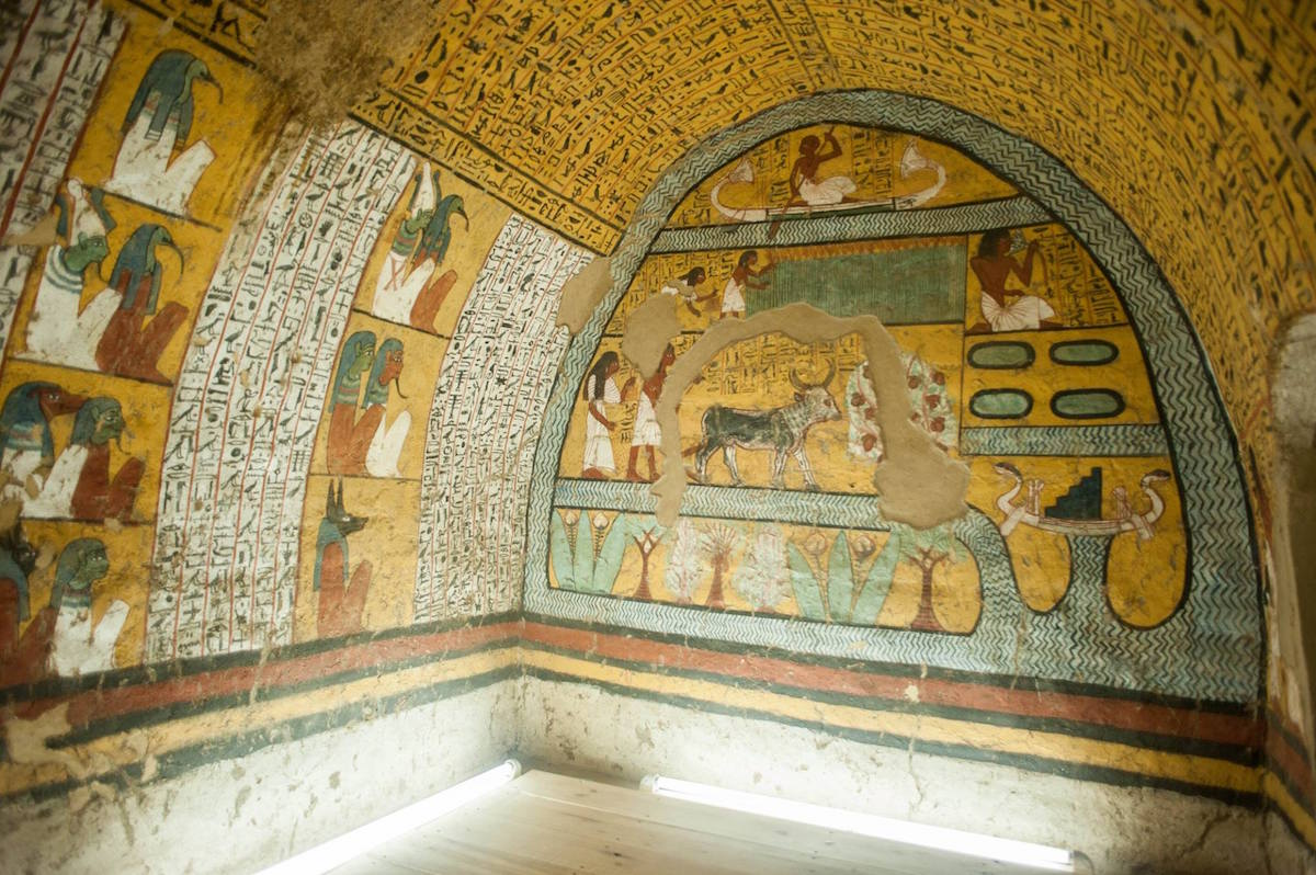 The Opening Of Four New Kingdom Tombs In Luxor Elmens