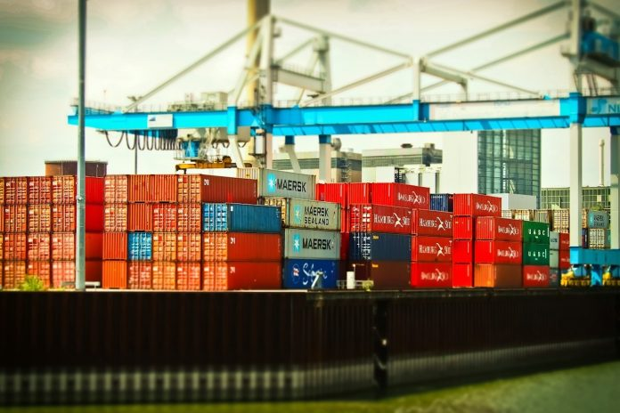 4 Reasons to Choose the Sea Cargo