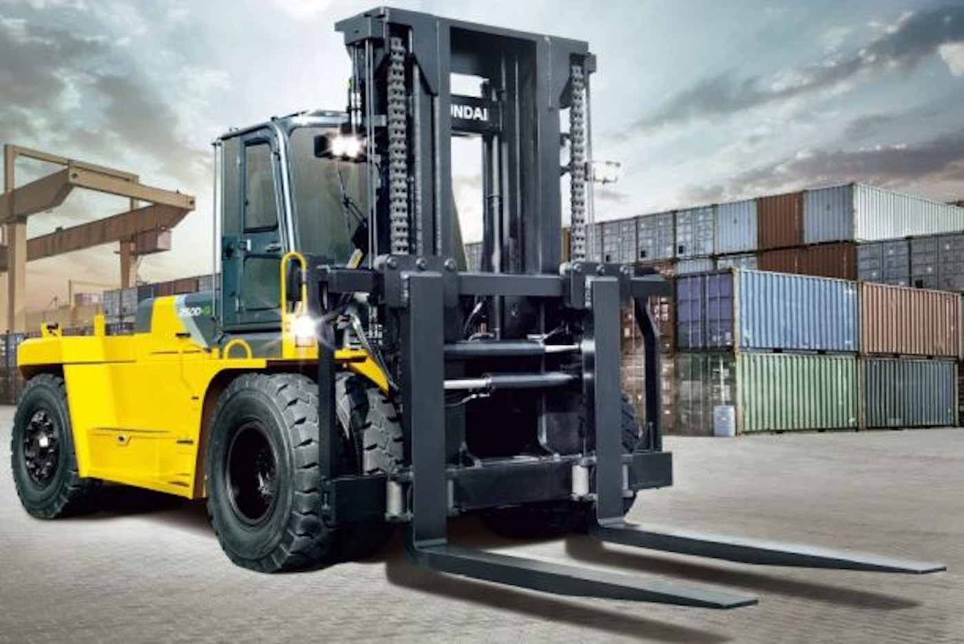 Forklifts: Select Your Type And Get The Operator Certified
