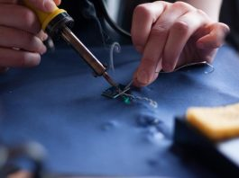 Handy Tips And Tricks For You Glue Gun Project
