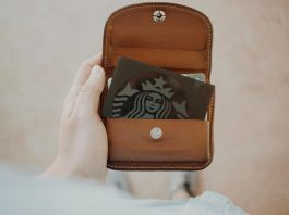 Make your First Impression Count – Choose the Best Lanyard Card Holder