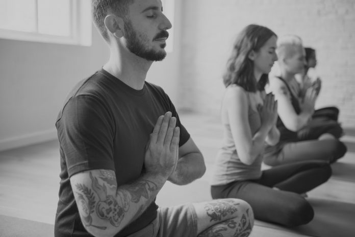 7 Good Reasons To Start Your Day With Morning Meditation