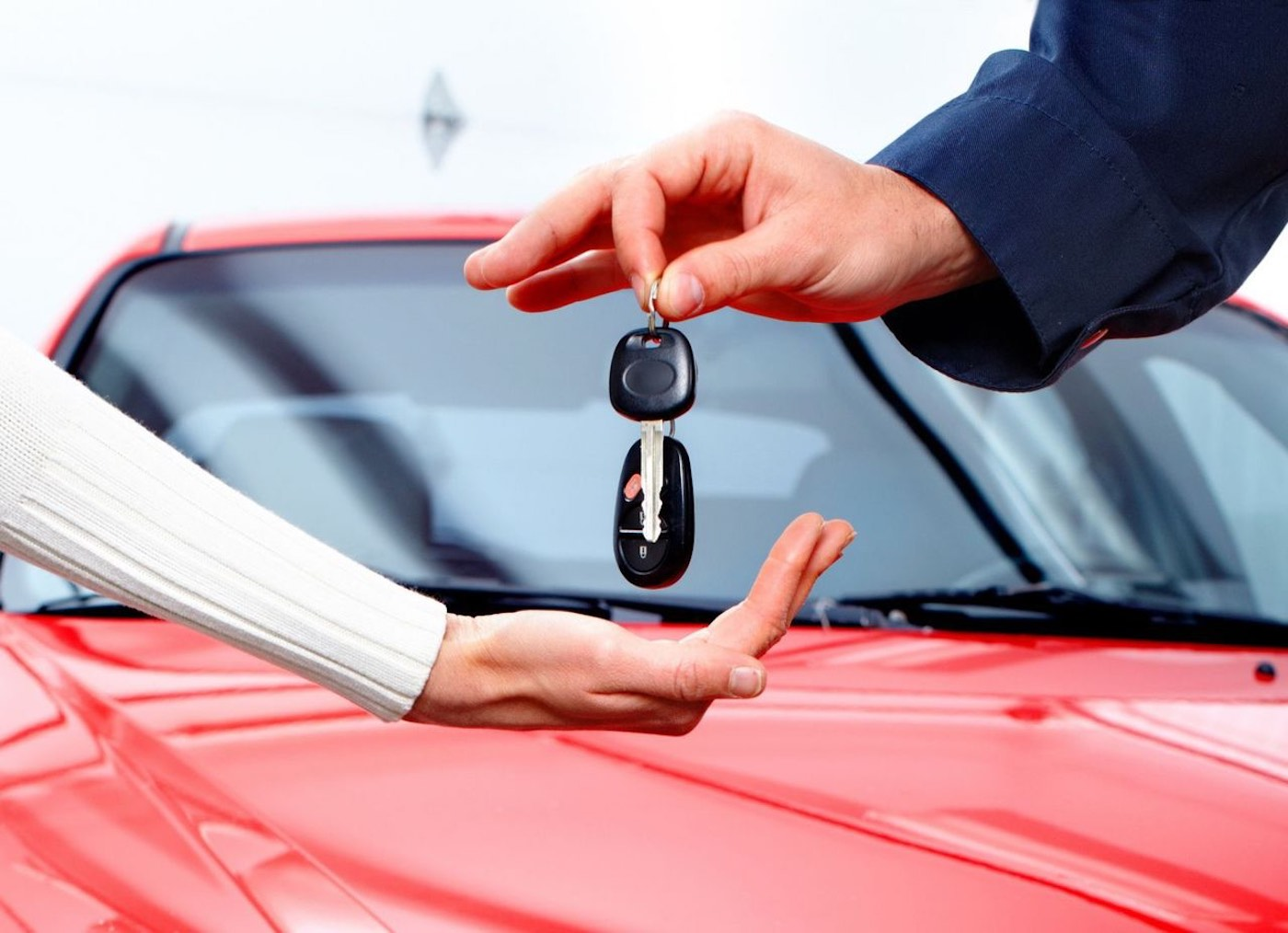 Afford A Car >> Here S How You Can Afford A Used Luxury Car Elmens