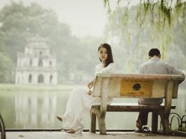 Never Underestimate the Influence of These Signs She Doesn't Love You Anymore