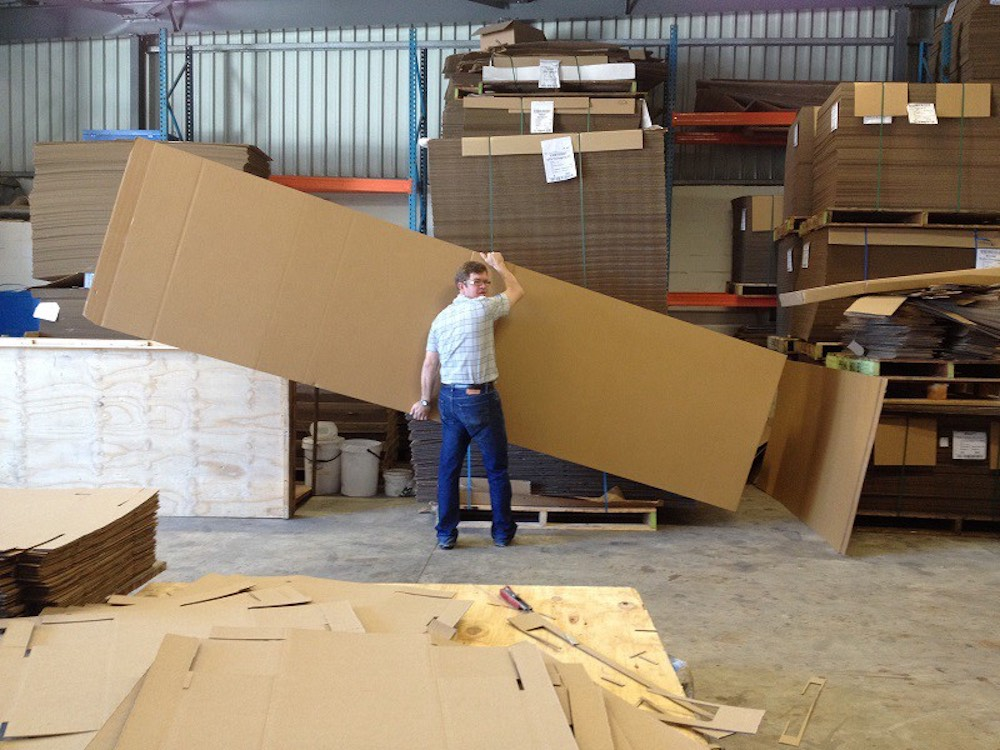 How are Custom Cardboard Boxes manufactured