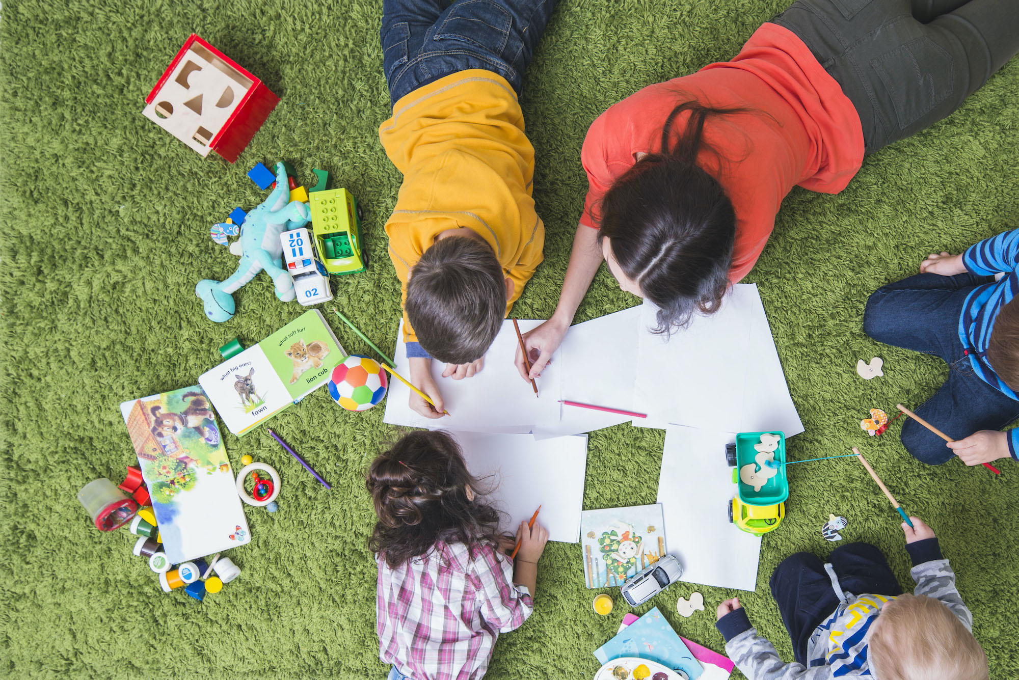Fun Games & Competitions for Kids to Play Indoor