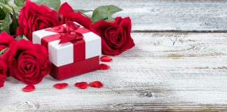 5 Valentines Day Gifts for Her That She'll Never Forget