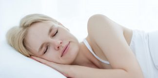 This is What You Need to Know if You're a Side Sleeper