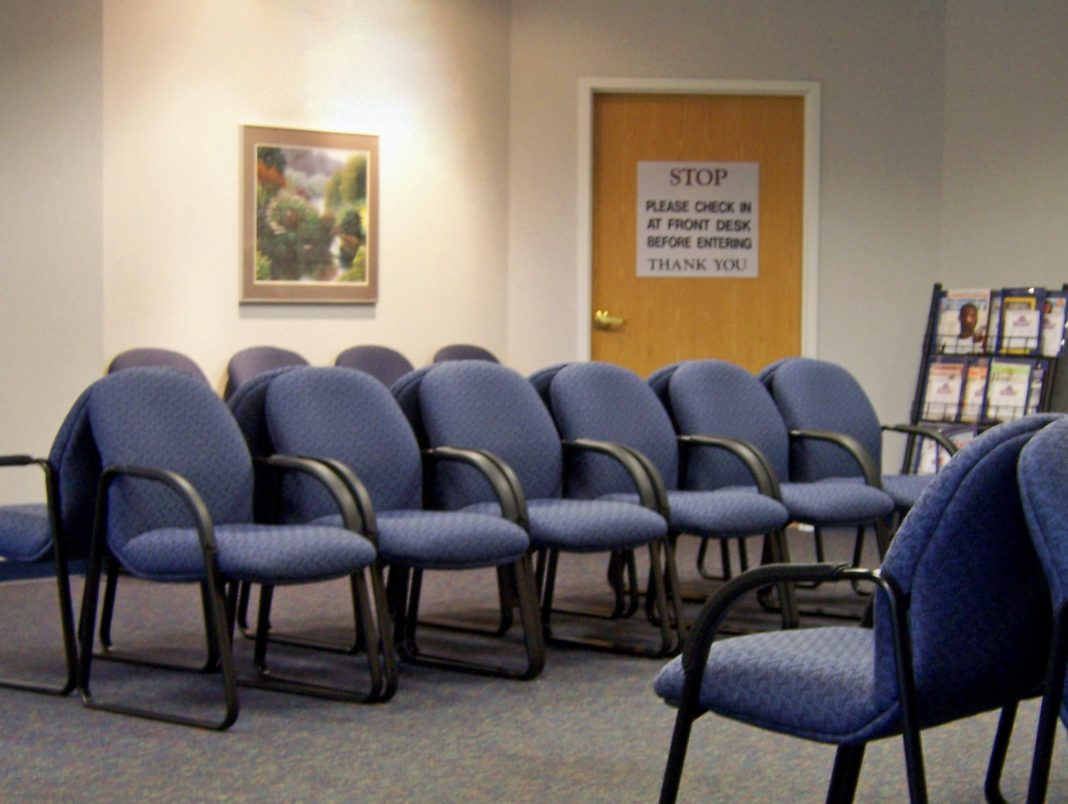 What Are the Health Effects of Long Wait Times at the Doctor?