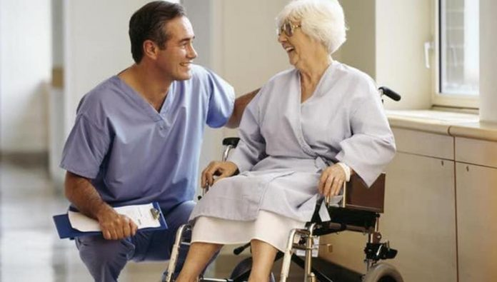 How To Qualify For Social Care Worker Job