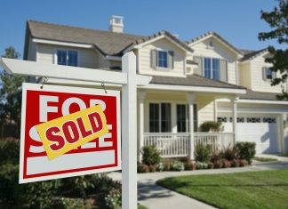 What Does the Process of Selling a House Involve?