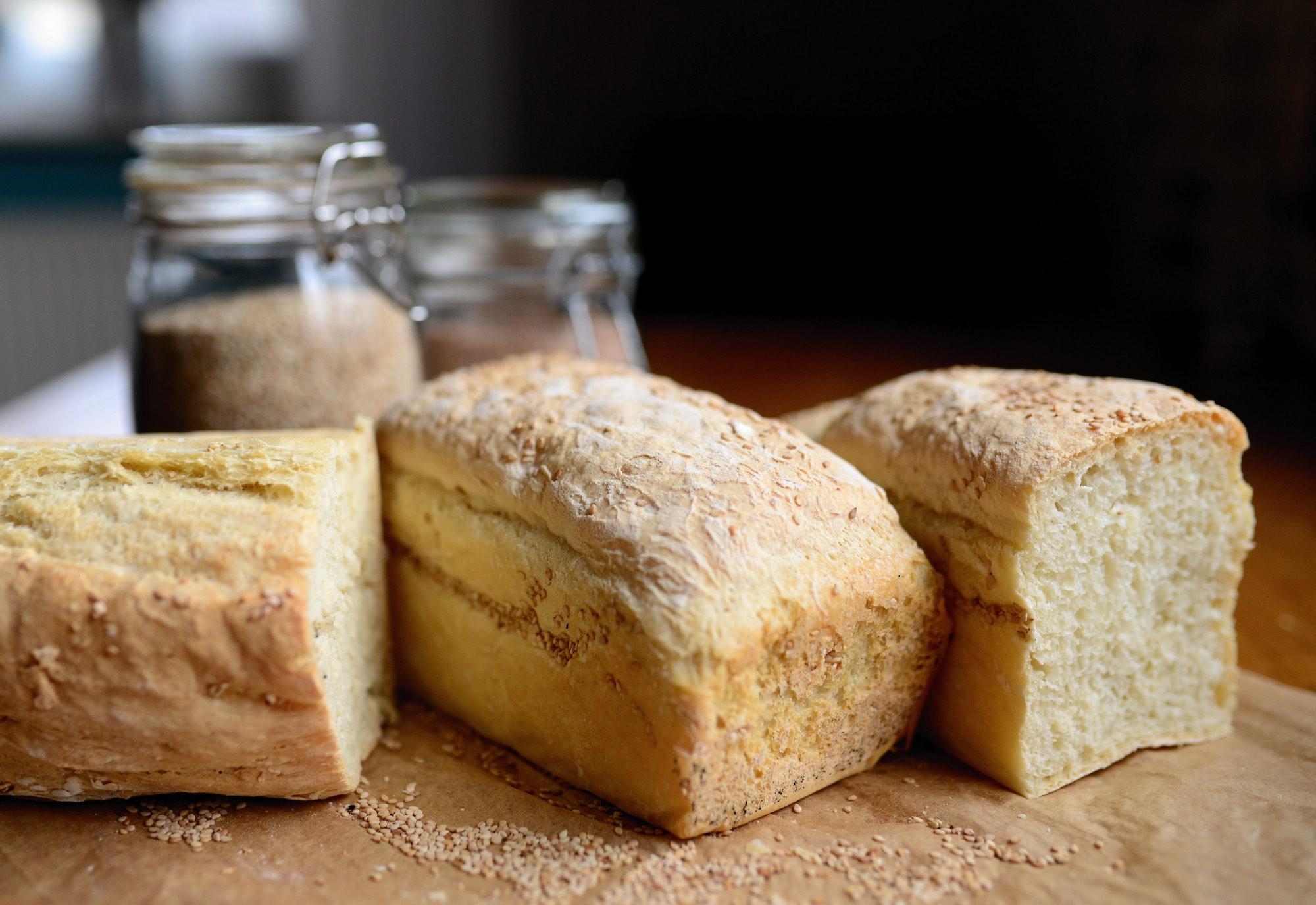Why Should Men Buy A Bread Maker? - ELMENS