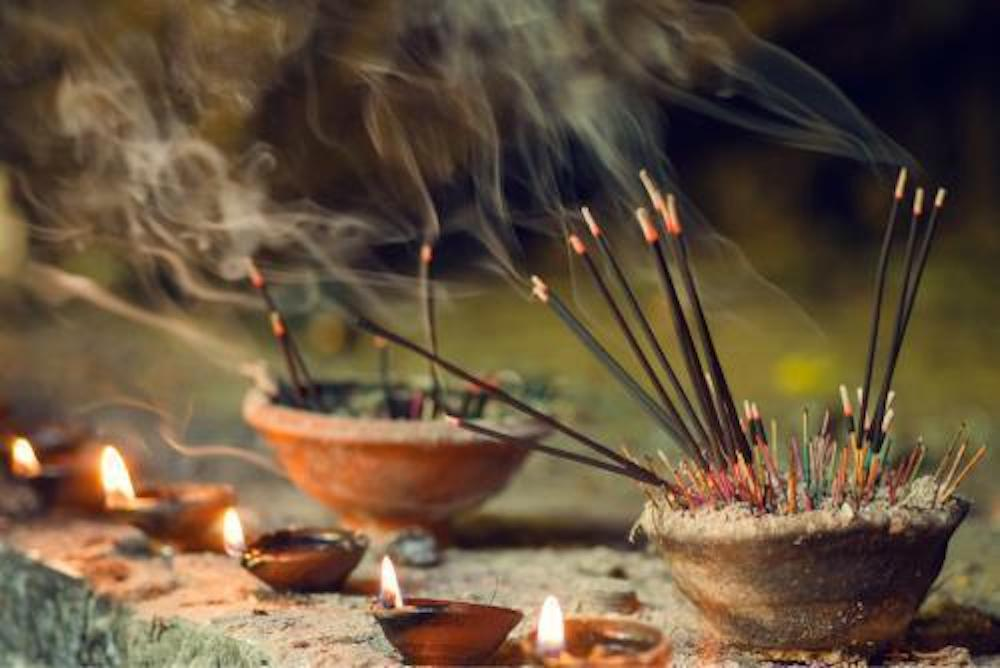 Spread the Fragrance of Incense World