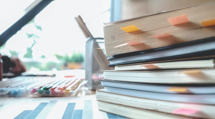 How LSAT Prep Courses Can Help You Study At Home