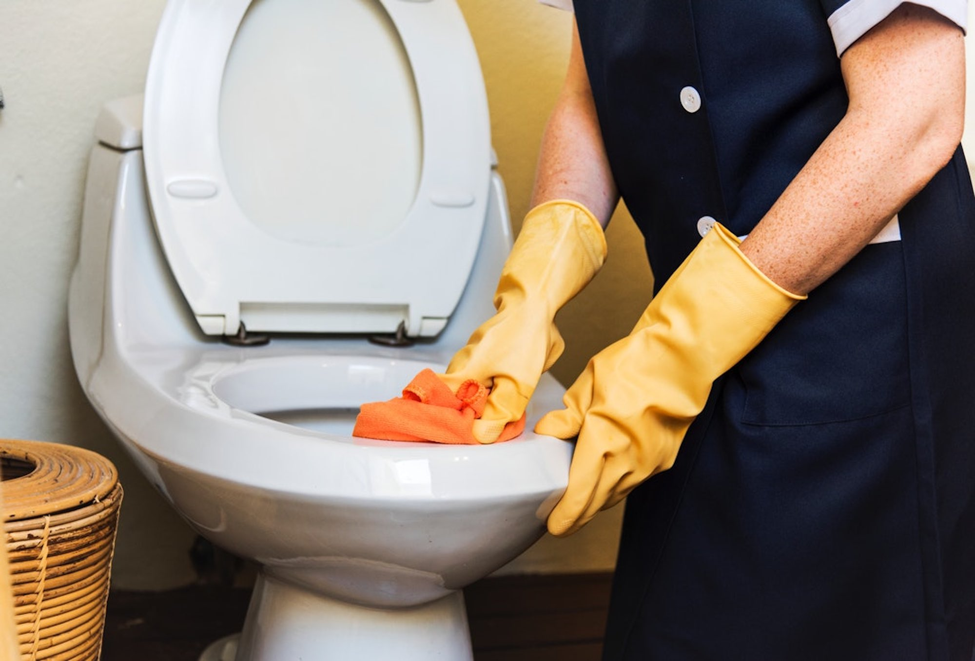 Keep Your Business Clean During COVID-19 Crisis; Tips for Choosing a Cleaning Company