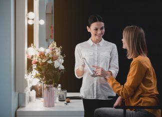Why You Should Become a Cosmetologist in 2020 If You Want Job Security
