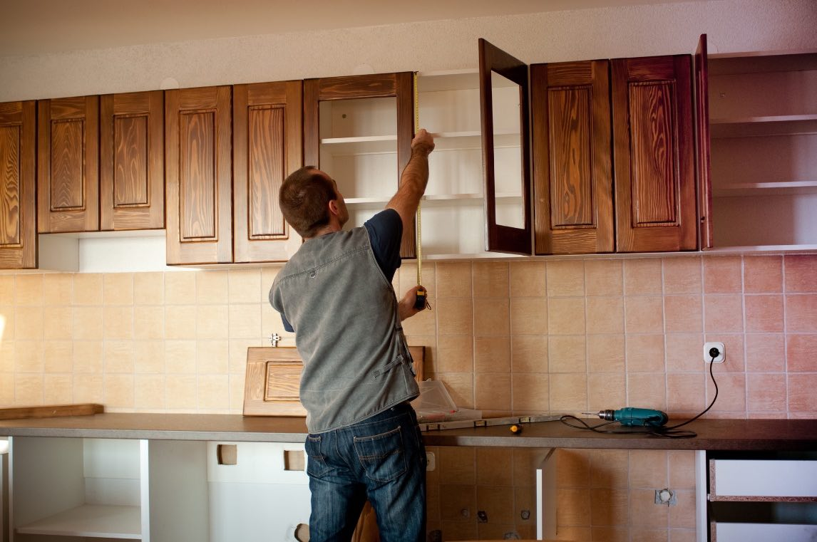 Luckily, it is easy to change up your cabinets and give your kitchen a fresh look.