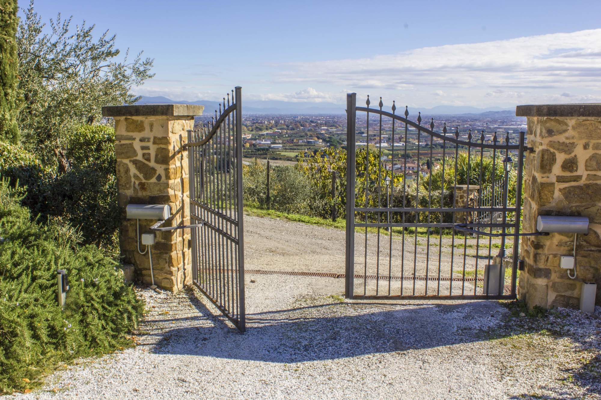How Reliable Are Electric Gates?