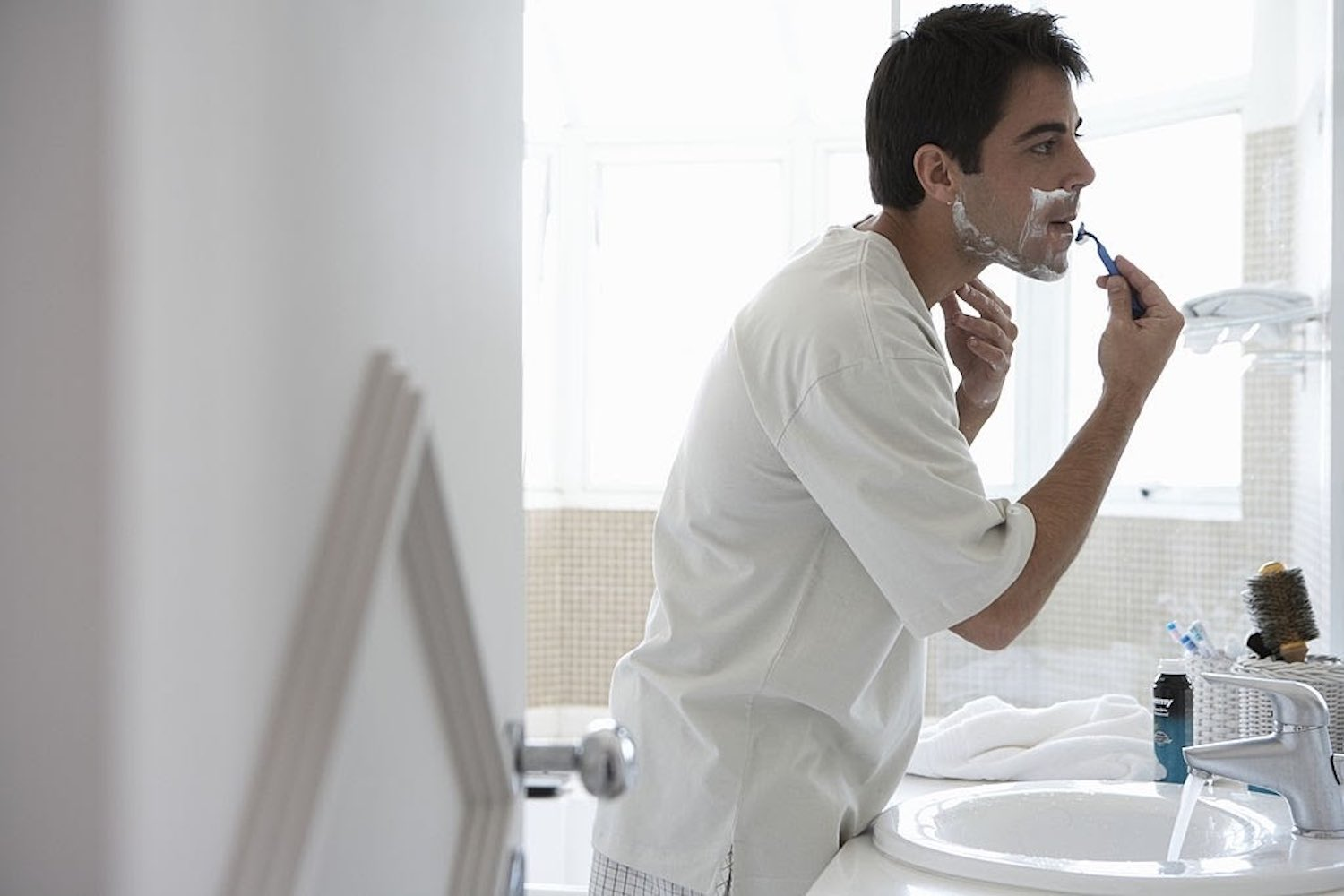 Want a Smooth, Safe Shave Every Time? Try These Proven Tips