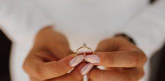 best engagement ring etiquette