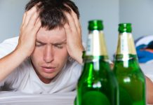 4 Telltale Signs You're Getting Addicted to the Bottle