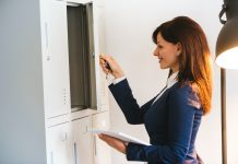 Lockers for Sale: 4 Things to Look for When Buying Lockers for Your Business