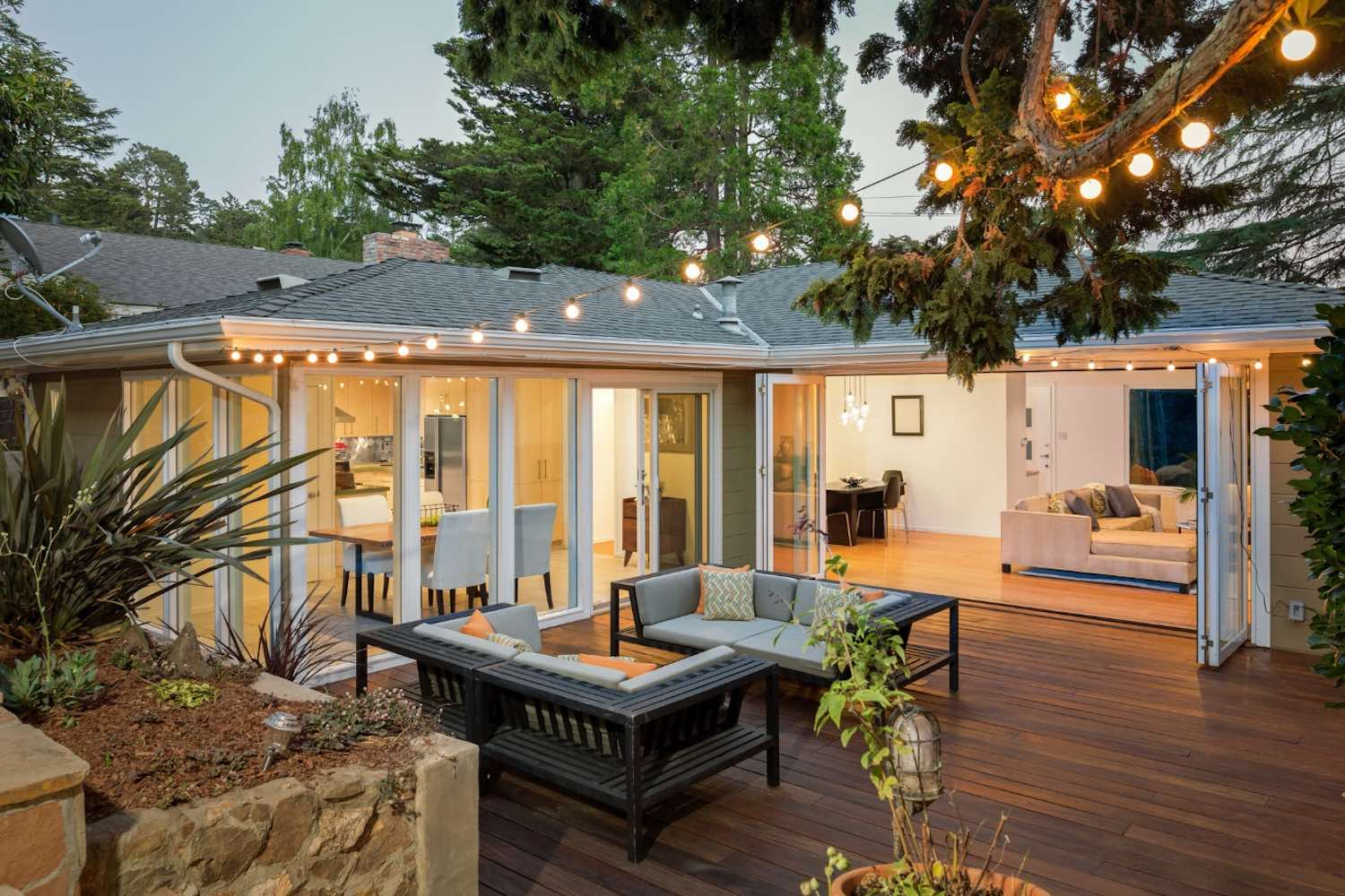 How Can LED Porch Lights Transform the Look of Your Home